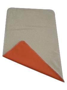 tapis de change nomade en coton bio orange. Black Bedroom Furniture Sets. Home Design Ideas